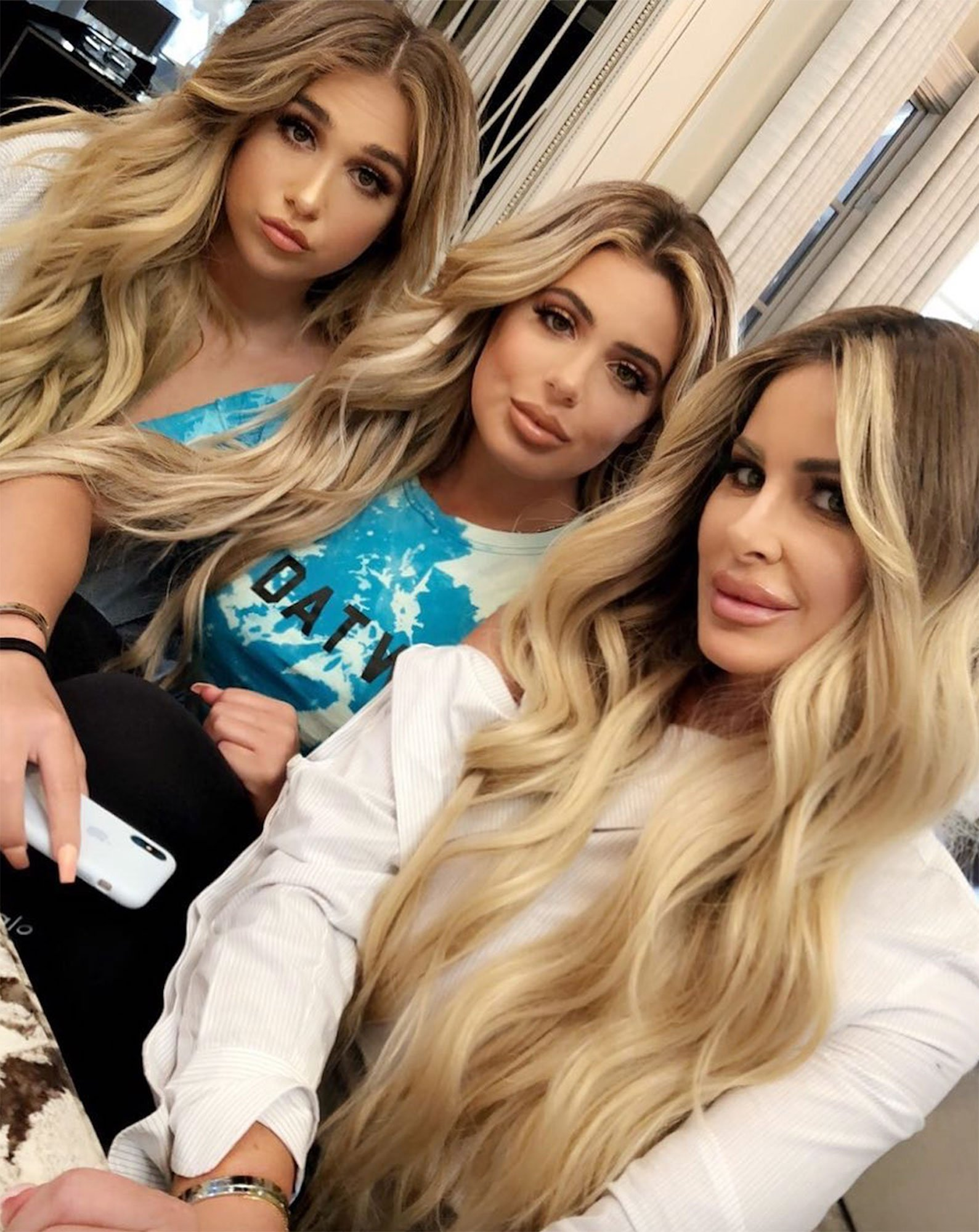 Seeing Triple! Kim Zolciak-Biermann and Two Daughters Are Nearly Indistinguishable in New Selfie ...